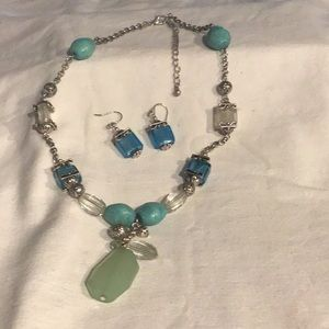 Necklace and earring set (never worn) Avon